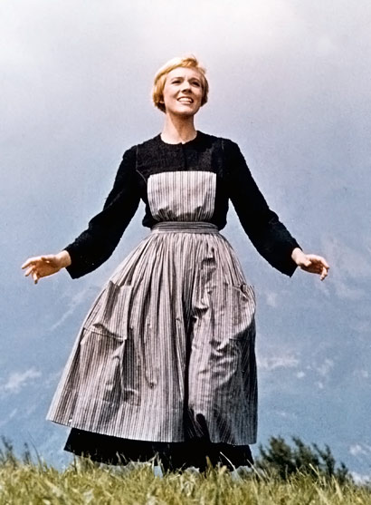 julie-andrews-sound-of-music-on mountain top