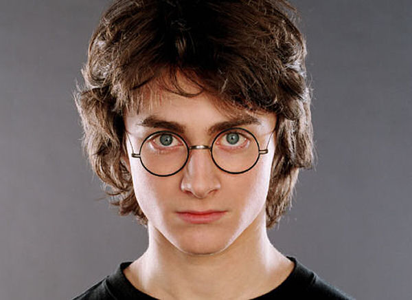 daniel-radcliffe young w glasses