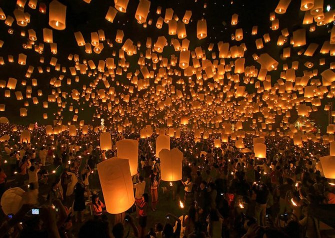 les bougies qui dirigent les jeunes voyageurs d'âme