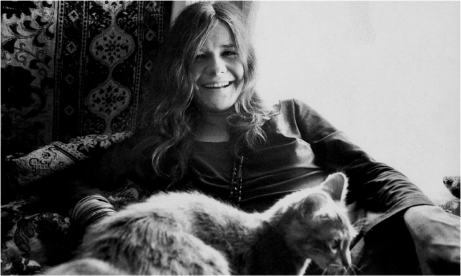 janis with cat that looks like out kitten Poe