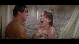 julie-andrews DL rock julie still in shower she is not happy