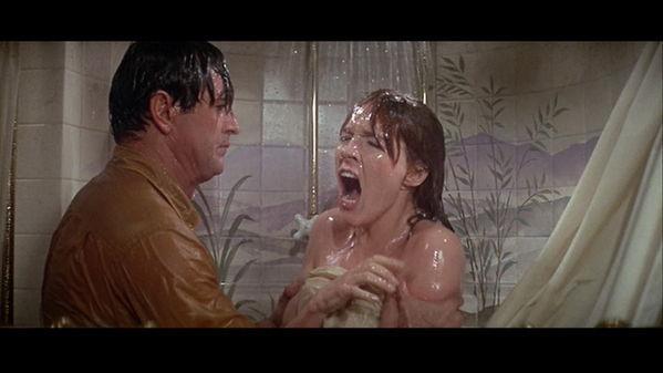 julie-andrews DL rock julie still in shower she is not happy