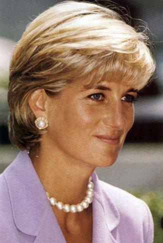 Lady Diana   640x953