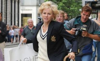 Naomi Watts as Diana Running from Paparazzi