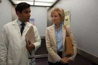 "Naomi Watts and Naveen Andrews in Character in ""Diana""  634x421"