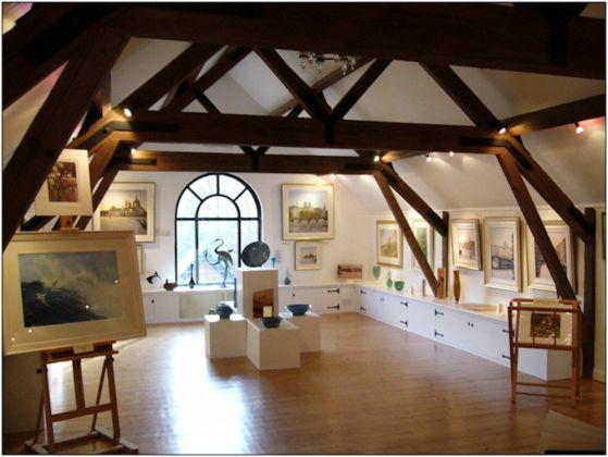 Chateau de Rocher Art Gallery  999x752