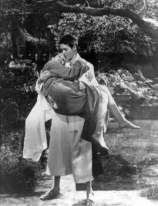 tps jimmy carrying kate in robes hair wet