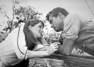 Julie Harris and James Dean in 'East of Eden