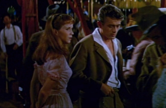 Julie_Harris_and_James_Dean_in_East_of_Eden_trailer