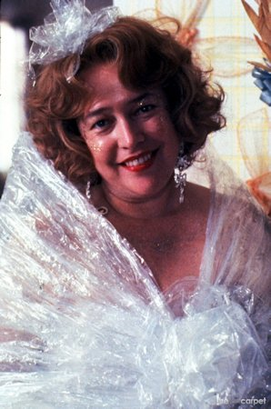 fgt kathy-bates as evelyn wrapped only in cellaphane for husband