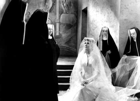 The-Sound-of-Music-1965 maria in wedding dress kneeling w nuns rev mother