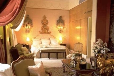 ritz Classic Style Coco Chanel Suit Hotel Ritz Paris