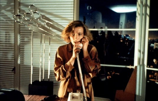 dead-again-1991 emma trying to call for help