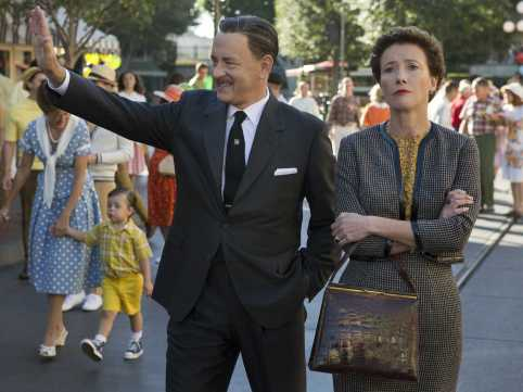 saving-mr-banks walt & travers at disneyland