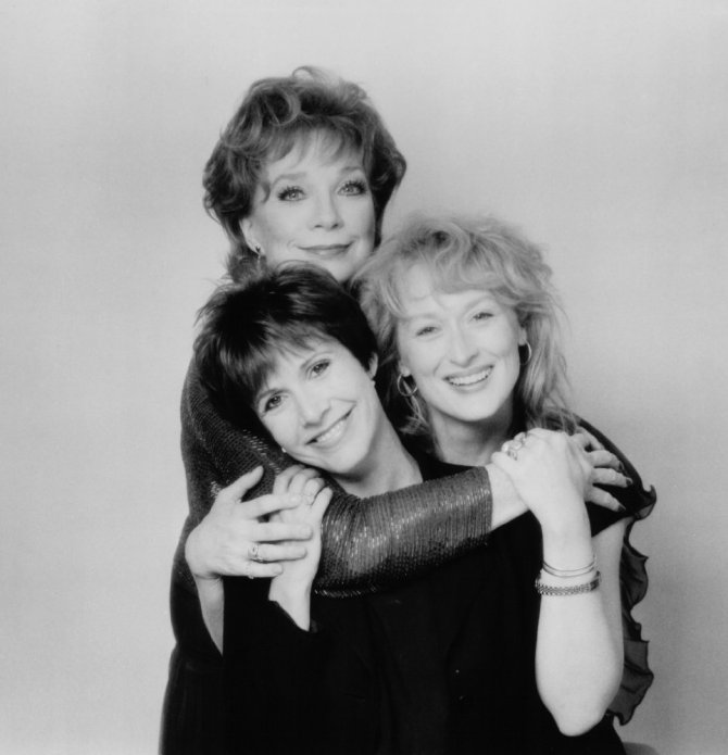 carrie-fisher-postcards-from-the-edge-with-meryl-streep-shirley-maclaine